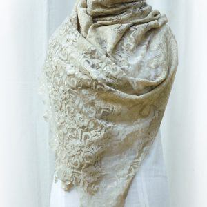 wool-lace-manequin